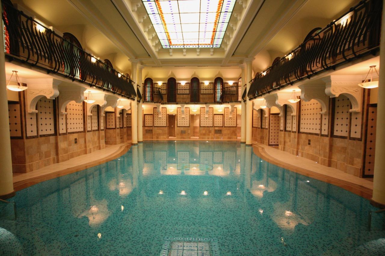 Pool Corinthia Hotel Budapest, Hungary