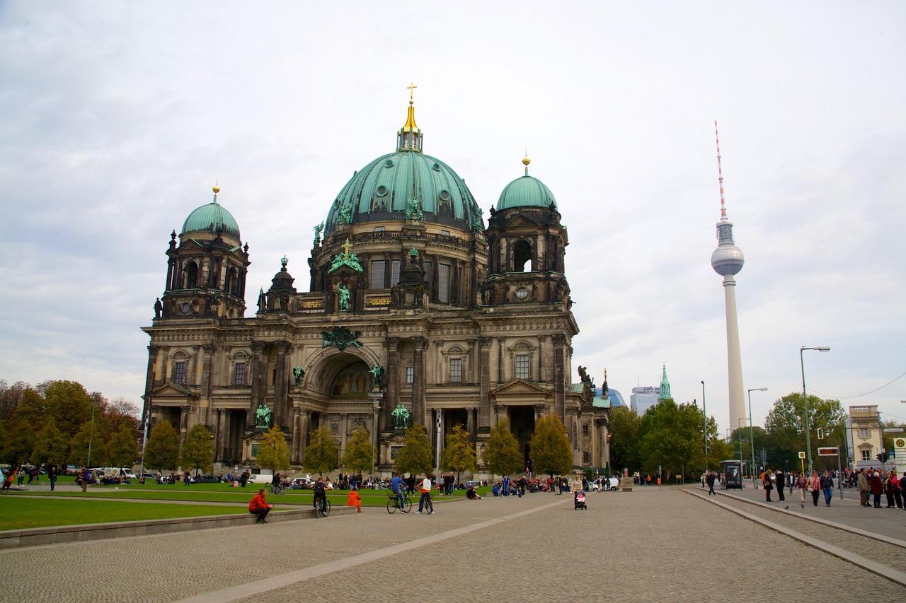 Berliner Dom & Fernsehturm in Berlin, Germany