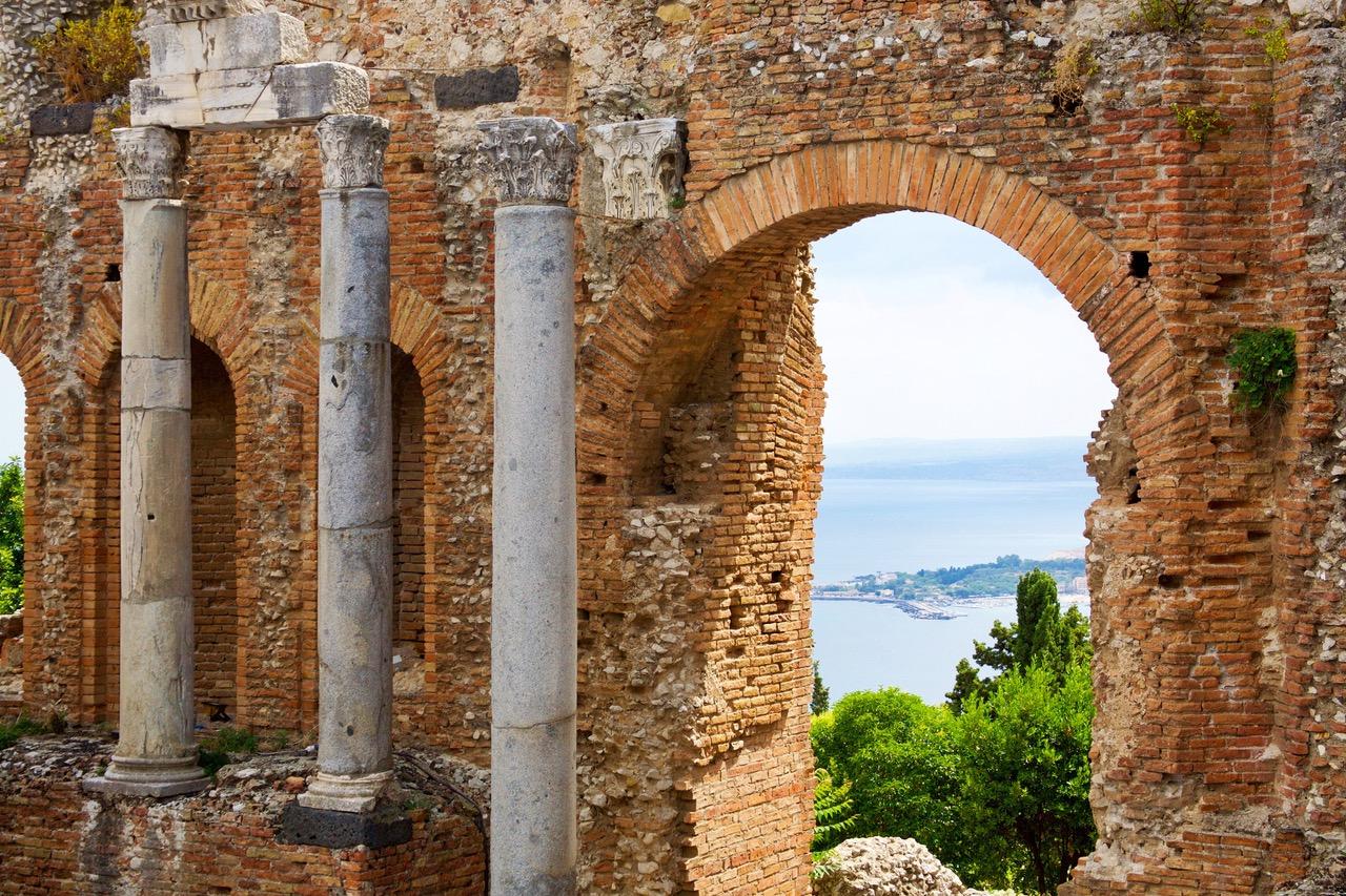 Teatro Greco in Taormina, Sicily