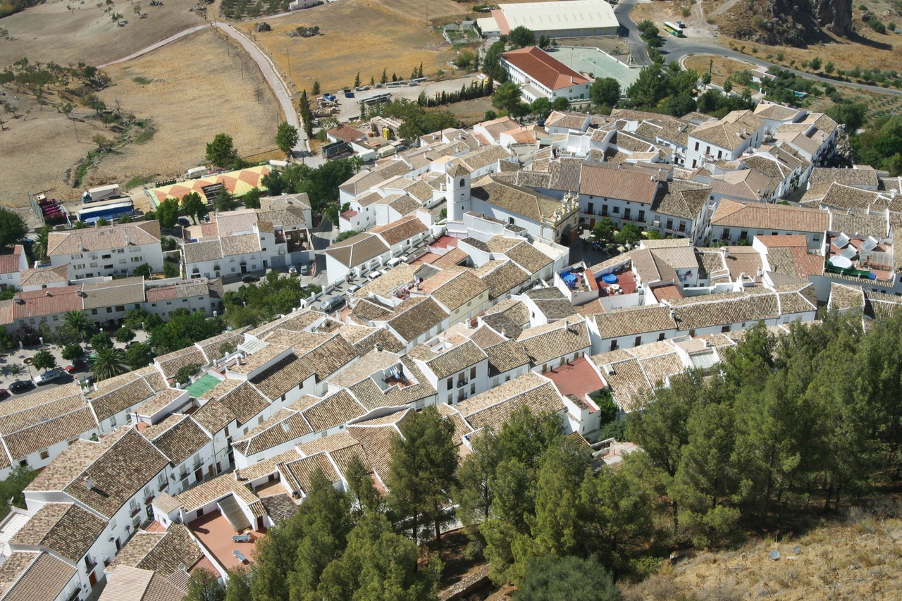 The white village of Zahara de la Sierra in Cádiz, Spain