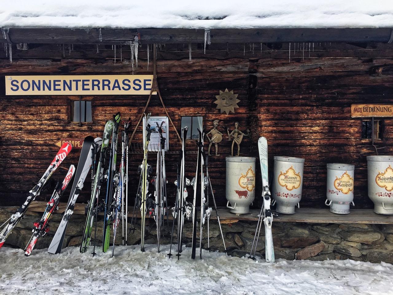 Ski Hut sonneterrasse Sölden Austria