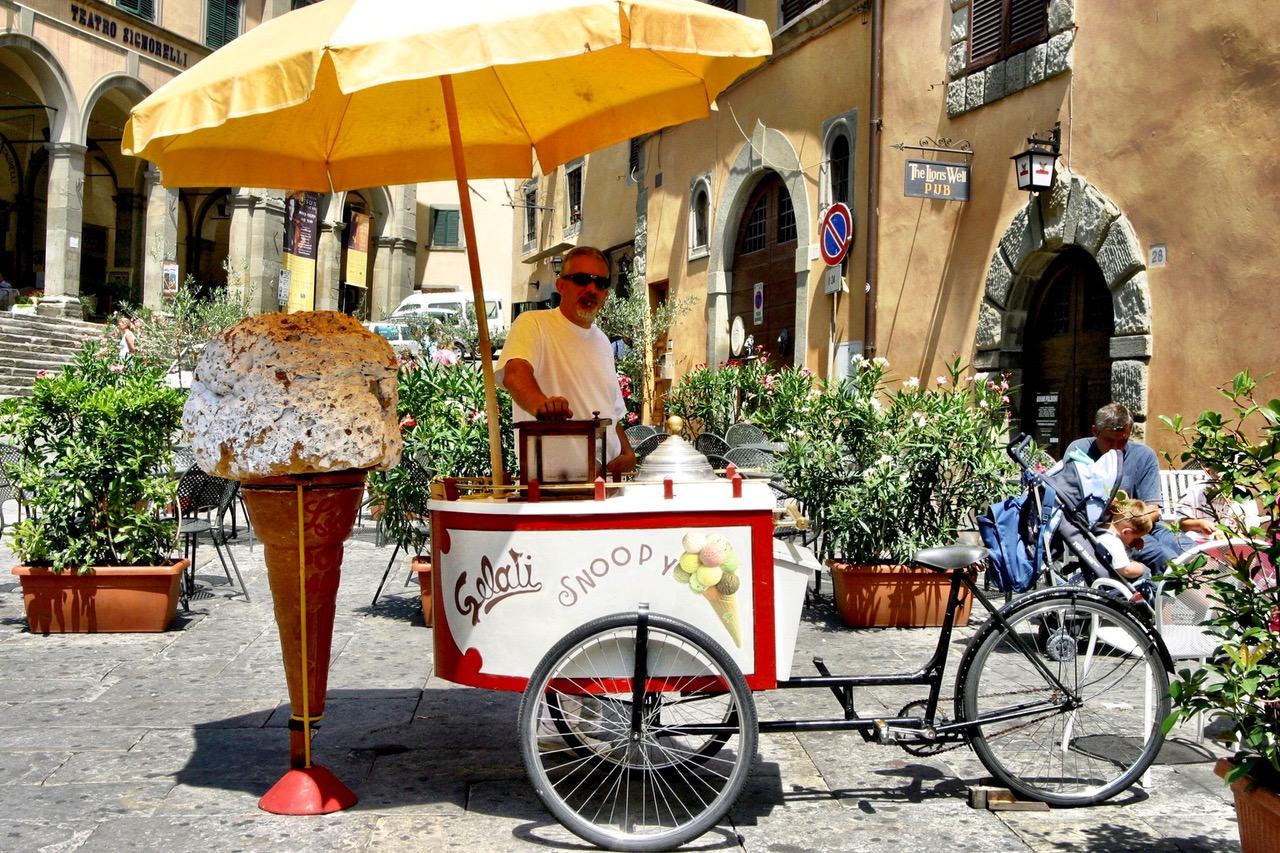 Cortona gelati, Italy
