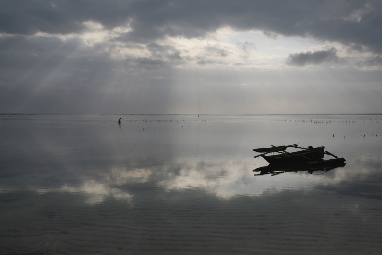 Early morning walk at Matemwe Beach, Zanzibar, Tanzania; NiceSpots2Go