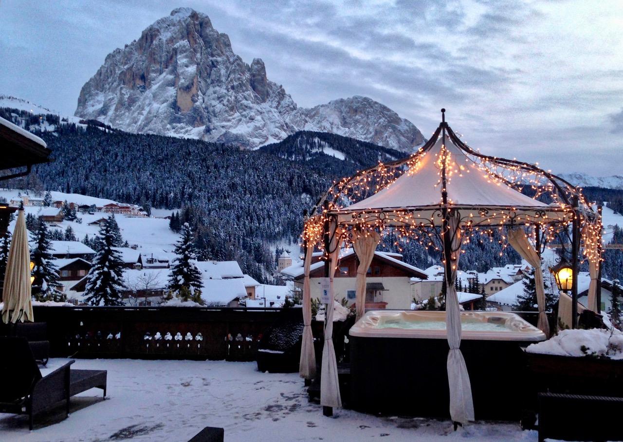 Après-ski, Dolomites, Italy